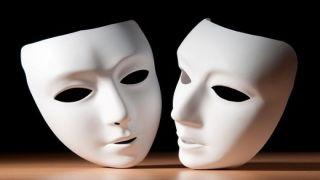 Cuál es el costo de esconder su personalidad en el trabajo