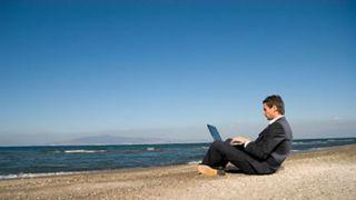 Adiós Vacaciones: Estudio demuestra que pensar en las vacaciones disminuye la productividad