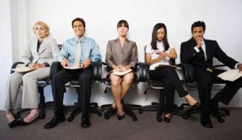 En una entrevista de trabajo, el seleccionador de recursos humanos puede utilizar cuatro tipos de preguntas que le permitan conocer al indicado para el puesto. Foto:Archivo MJ