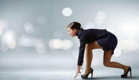 Una nueva investigación de Grant Thornton reveló que sólo el 18% de los puestos de liderazgo de negocios en América Latina están en manos de mujeres. Foto:businessreviewamericalatina.com