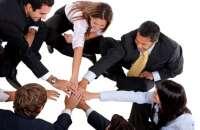Trabajar en equipo es fundamental para sacar adelante el negocio. Foto:archivo