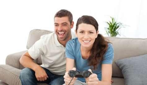 Los videojuegos permiten que personas que normalmente no hablarían dentro de una oficina, tengan la oportunidad de socializar e iniciar un contacto. Foto:CNNExpansion