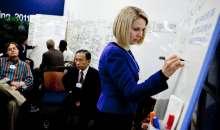 Poco después de incorporarse a la firma en julio de 2012, la CEO introdujo en la compañía un nuevo sistema para evaluar el rendimiento del personal. Foto:apertura.com
