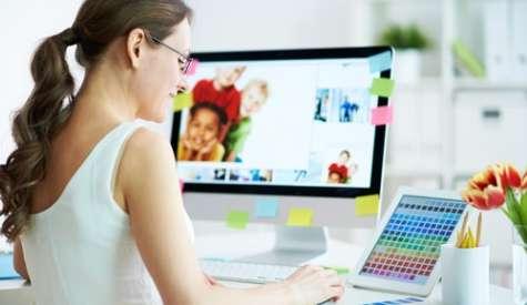 Uno de los beneficios que los empleadores citan incluyen la posibilidad de ahorrar dinero en el espacio de oficina. Foto:hongkiat.com