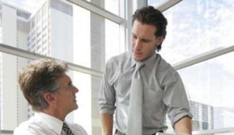 Dominan muy bien la tecnología, pero aún les falta desarrollar habilidades blandas de la gerencia. Las escuelas de negocio intentan adaptarse a ellos. Foto:p1.trrsf.com