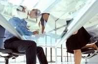 Los romances en la oficina no son posible mantenerlos en secreto. Foto:cuidatusaludcondiane.com