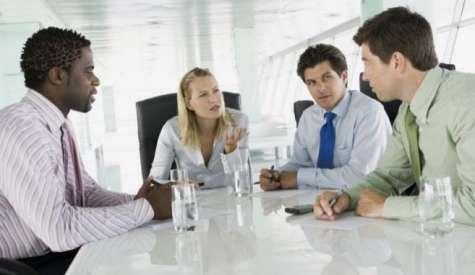 Los buenos jefes animan a sus empleados a potenciar sus habilidades y liderazgo. Foto:El mundo.es