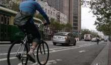 Tomar el transporte público o incluso usar el auto propio provocan más estrés en el organismo que las opciones que permiten hacer ejercicio. Foto:finanzasdigital.com