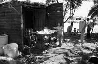 Empieza a desmoronarse el consenso de que ser amable con los ricos y cruel con los pobres es la clave del crecimiento económico. Foto:crisolplural.com