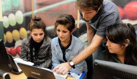 Según el estudio un 76 por ciento de los millennials busca dentro del trabajo, oportunidades para aprender. Foto:Infobae