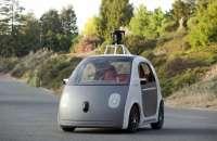 Google anunció públicamente su programa de coche autónomo en 2010, aunque había comenzado el año anterior. Foto:La Nación