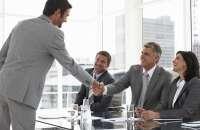 Tener buenas ideas sobre cómo mejorar las cosas, es uno de los valores fundamentales de un candidato a  contratar. Foto:empresariados.com