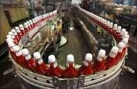 Este año, el mayor productor de ketchup del mundo fue comprado por el holding Berskshire Hathaway de Warren Buffet y 3G Capital. Cerrarán tres fábricas. Foto:poker-red.com