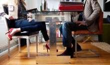 Las posturas de cuerpo también te permiten ser o no más productivo, desde que te levantas hasta que te pones tu traje de líder y comienzas a persuadir. Foto:chicastips.com
