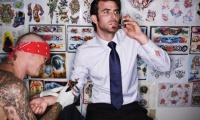 Los prejuicios de los jefes contra tatuajes y piercings de sus empleados